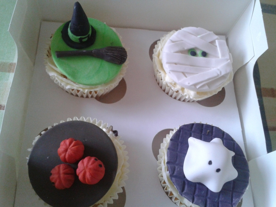 Halloween Treats on Cake Central