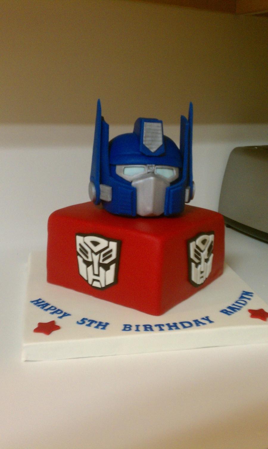 Optimus Prime Transformer Cake Cakecentral Com