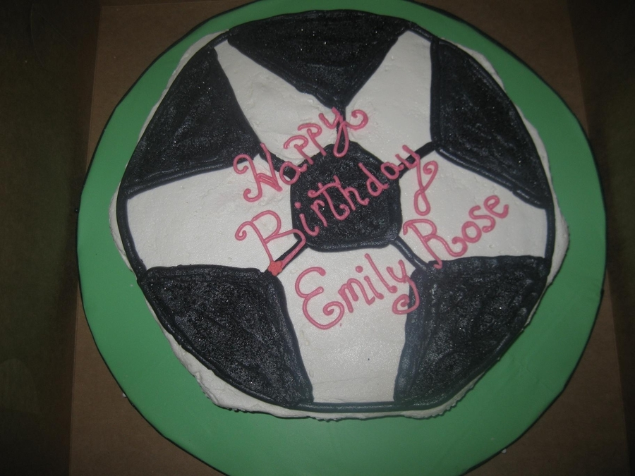 Soccer Cupcake Pull-Apart Cake on Cake Central