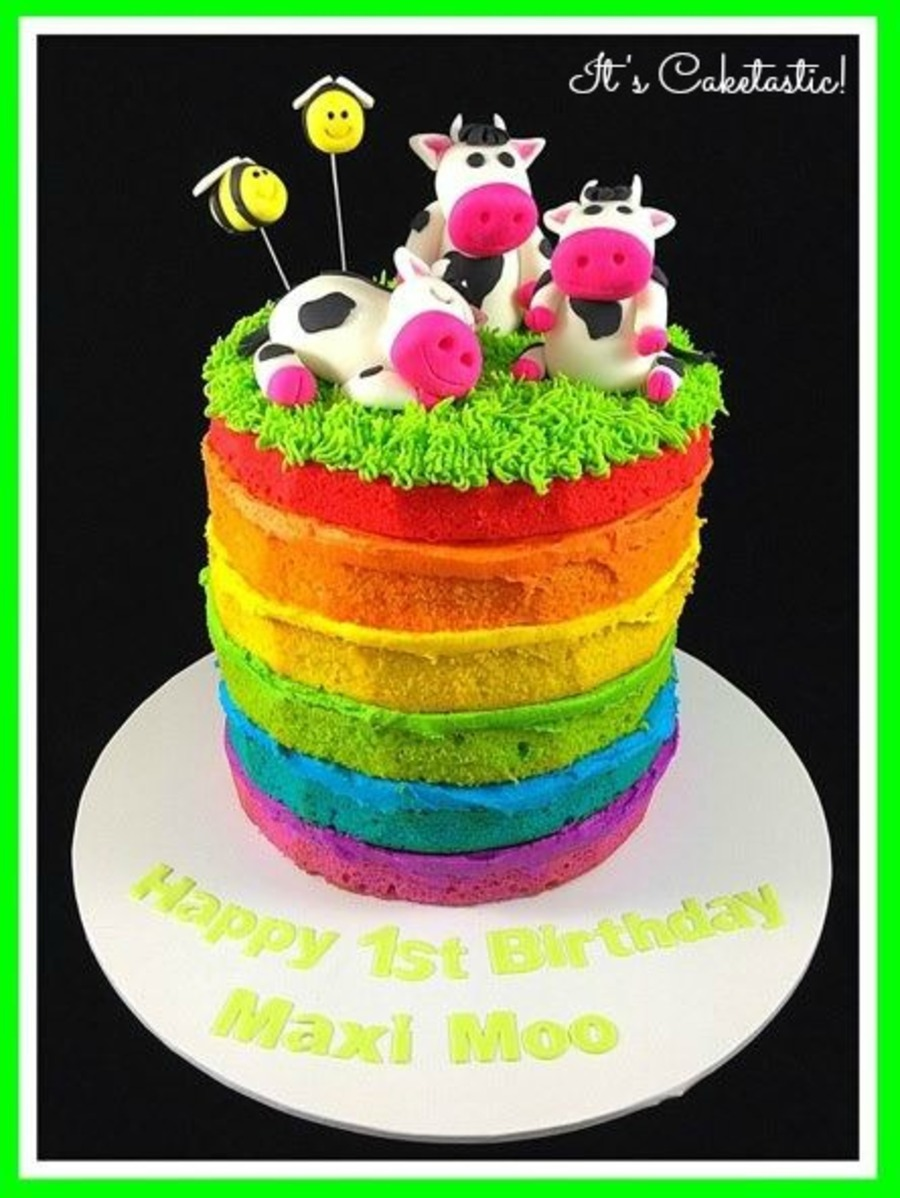 Quot Naked Quot Rainbow Cake With Cows Cakecentral Com