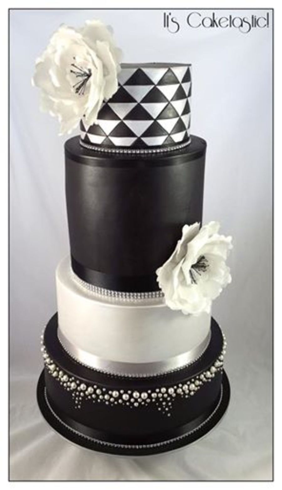 black silver and white wedding cakes black and silver wedding cake cakecentral 11877