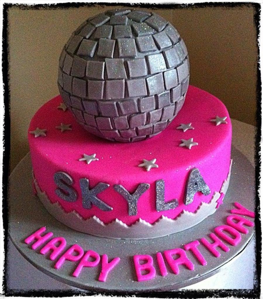 Cake Decorating Disco Ball : Disco Ball Cake! - CakeCentral.com