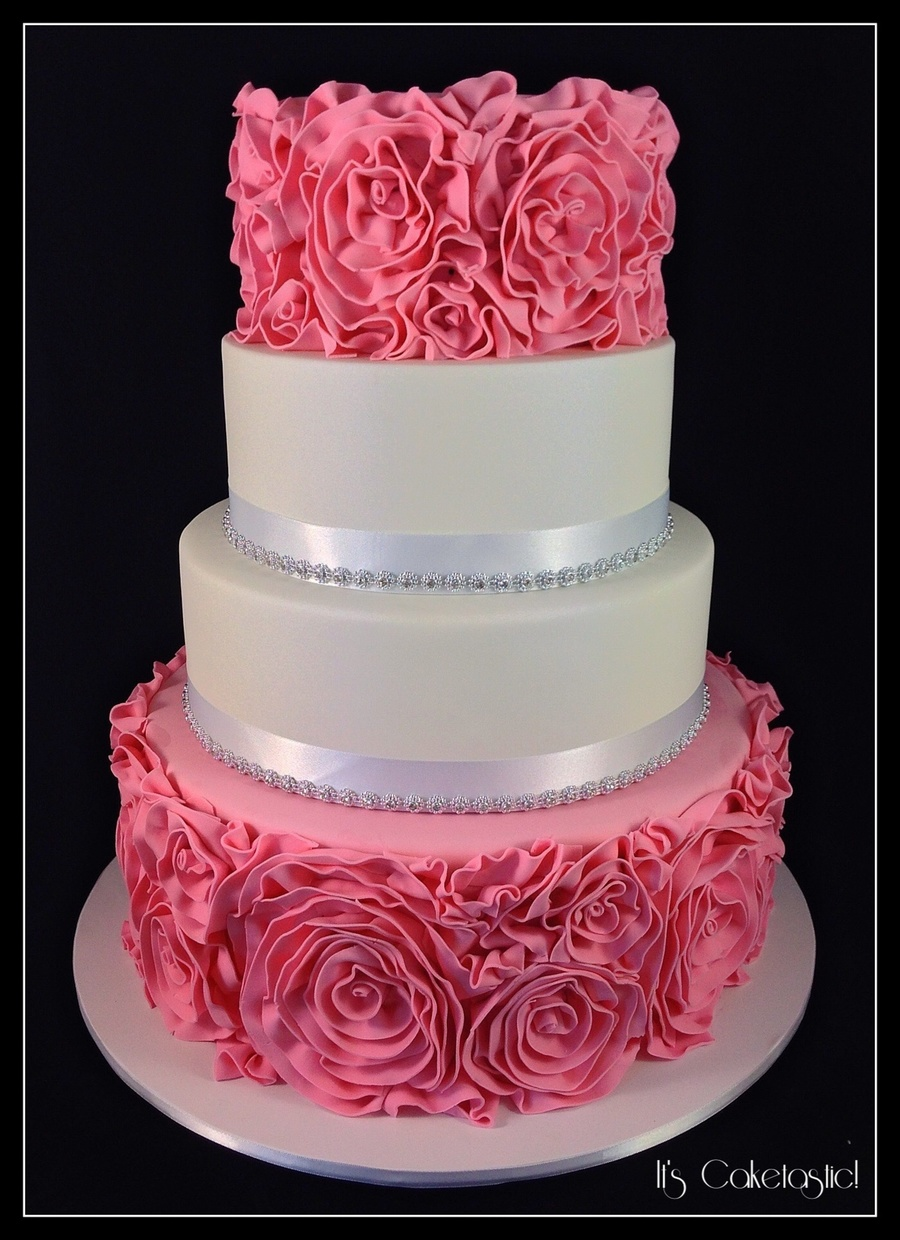 wedding cakes with ruffles and roses ruffle wedding cake cakecentral 26113