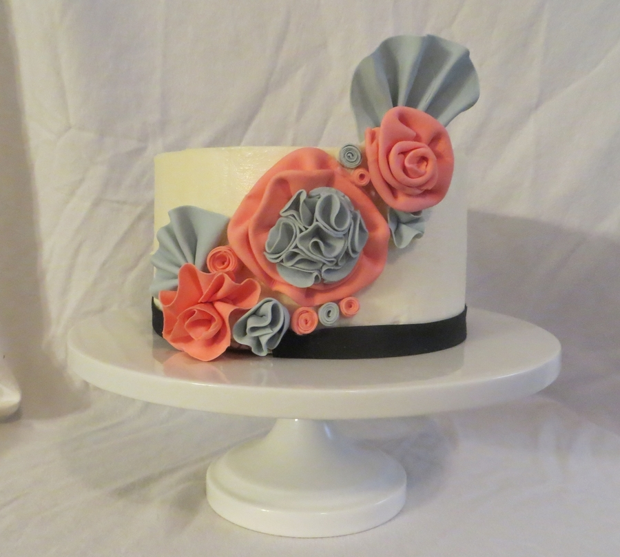 Fabric Flowers  on Cake Central