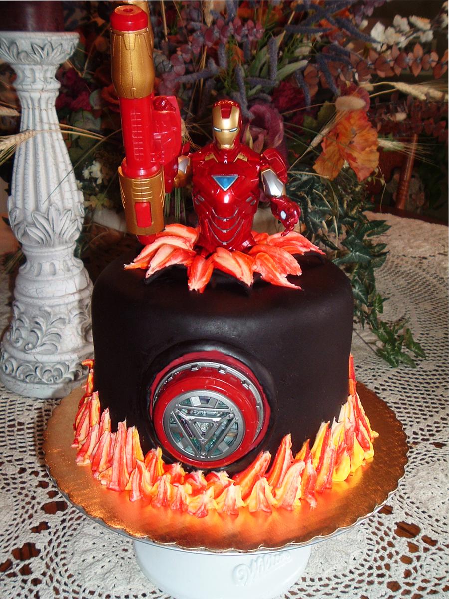 Phenomenal Iron Man Birthday Cake Cakecentral Com Personalised Birthday Cards Paralily Jamesorg
