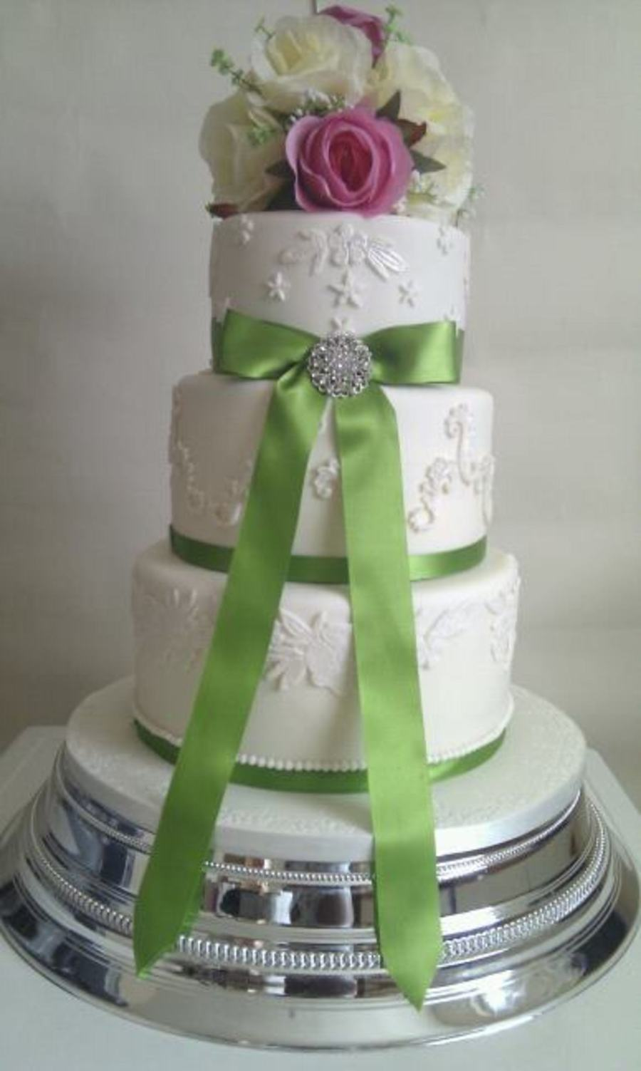 pink and lime green wedding cakes lime green and pink wedding cake cakecentral 18551