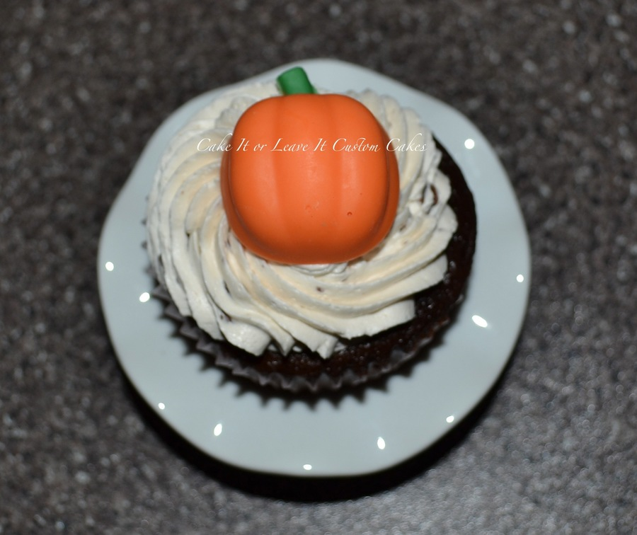 Halloween Cupcake on Cake Central