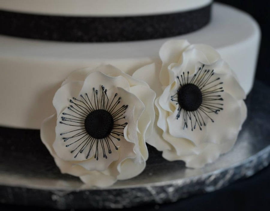Anemone Flowers on Cake Central