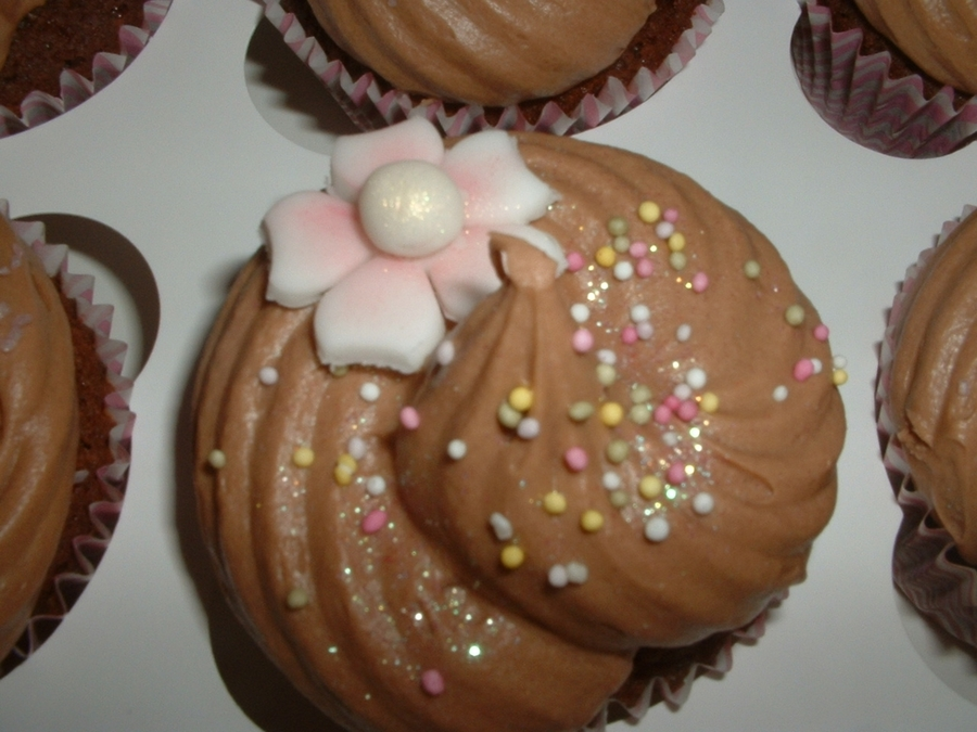 Chocolate Cherry Blossom Cupcakes on Cake Central