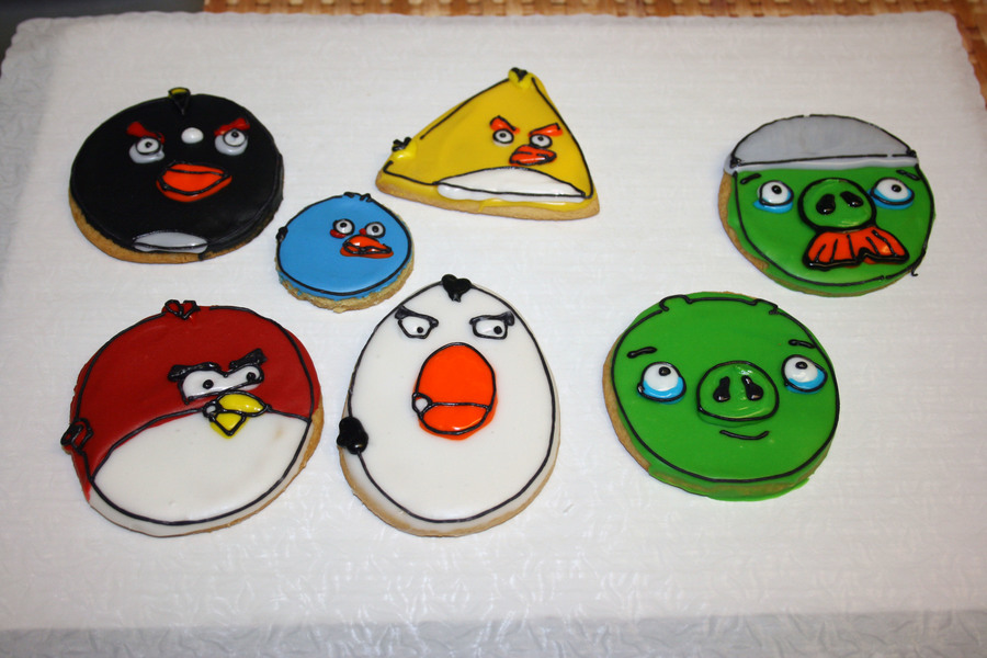 Angry Cookies on Cake Central