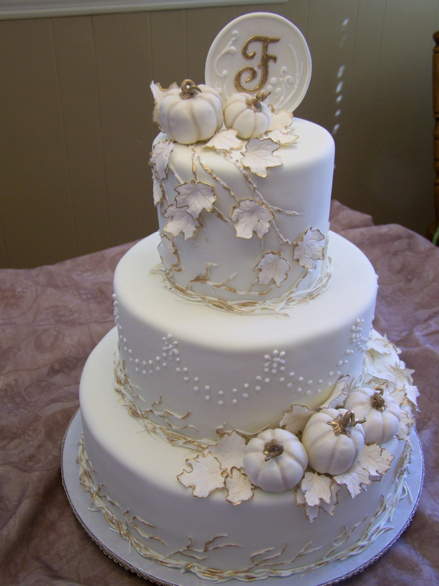 elegant fall wedding cakes fall pumpkins cakecentral 13960