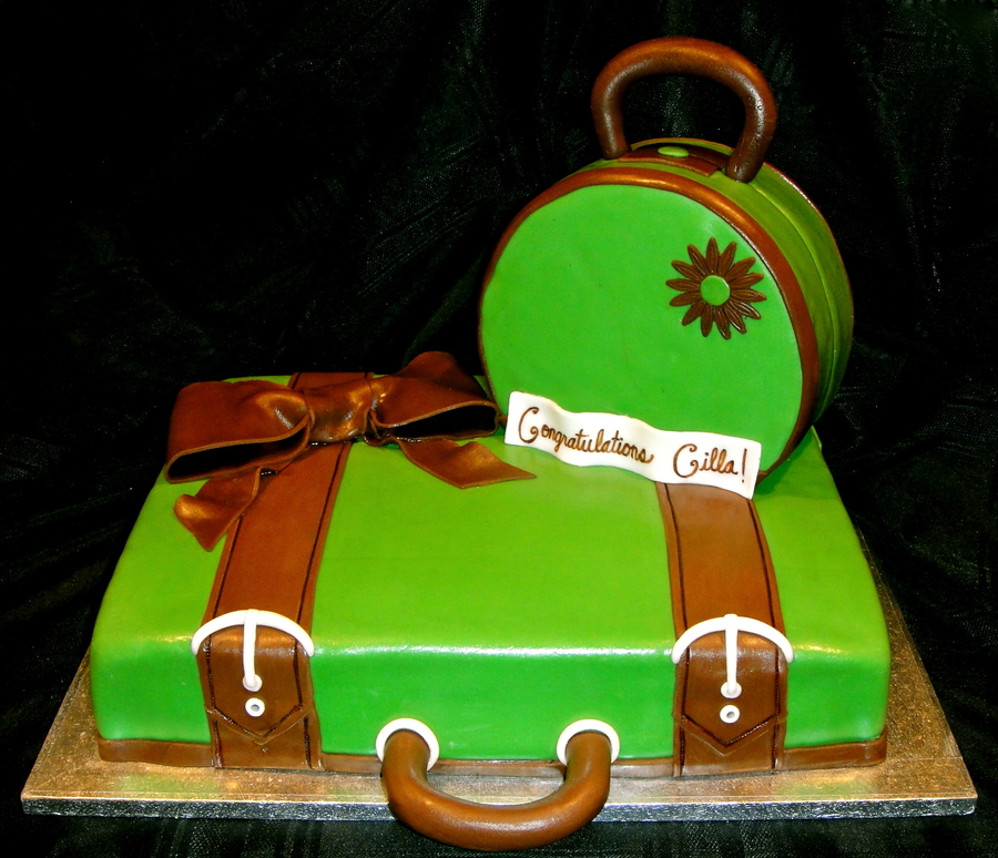 Suitcase And Purse Cake on Cake Central