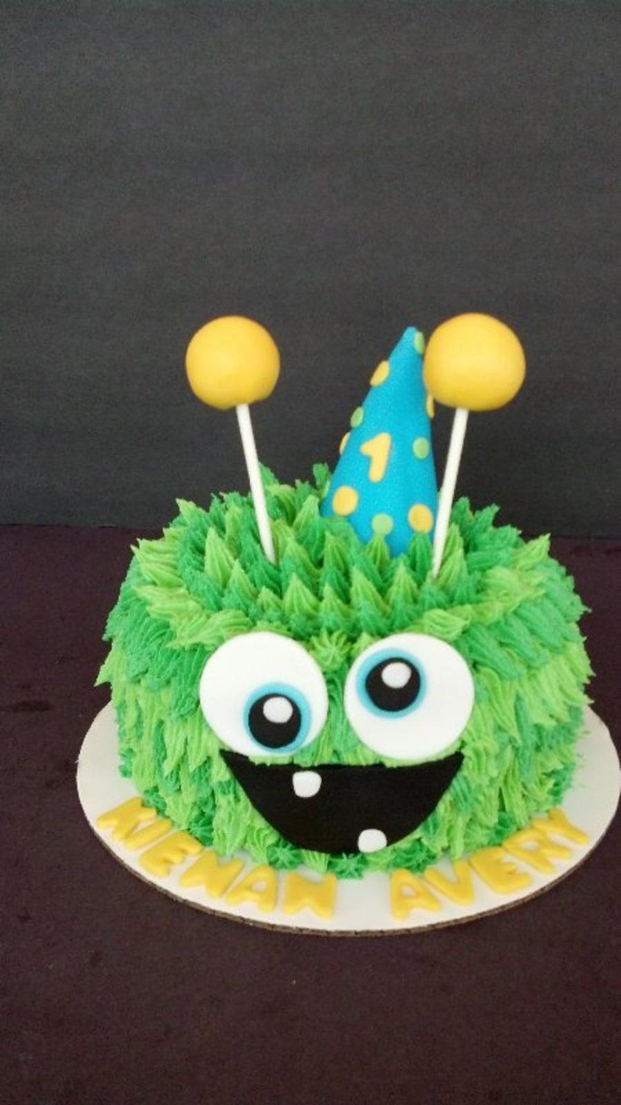 Smash Cake Or Cupcake