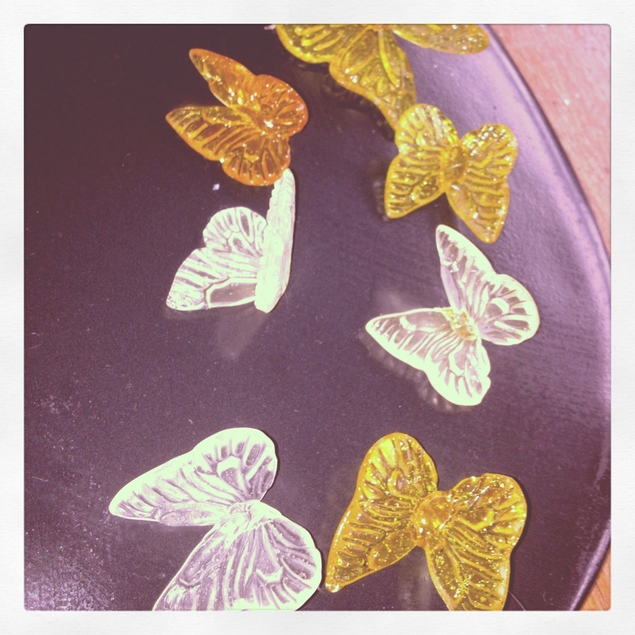 Sugar Butterflies on Cake Central