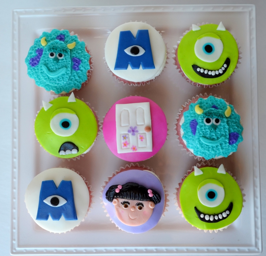 Monsters Inc Strawberry Cupcakes With Vanilla Bc And