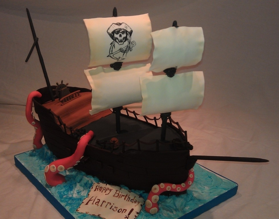 Pirate Ship Attack on Cake Central