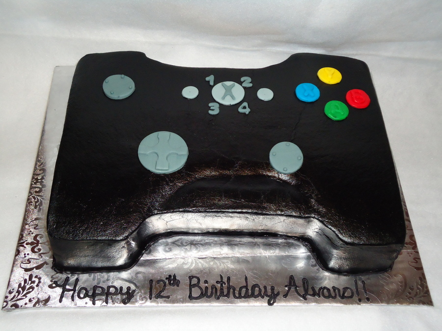 Xbox 360 Remote Control on Cake Central
