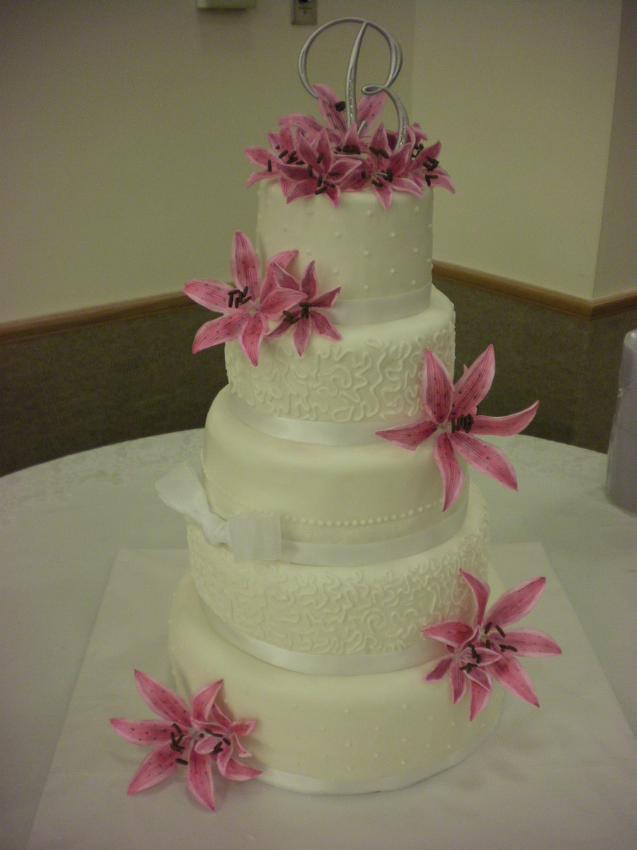 5-Tier With Stargazer Lillies on Cake Central