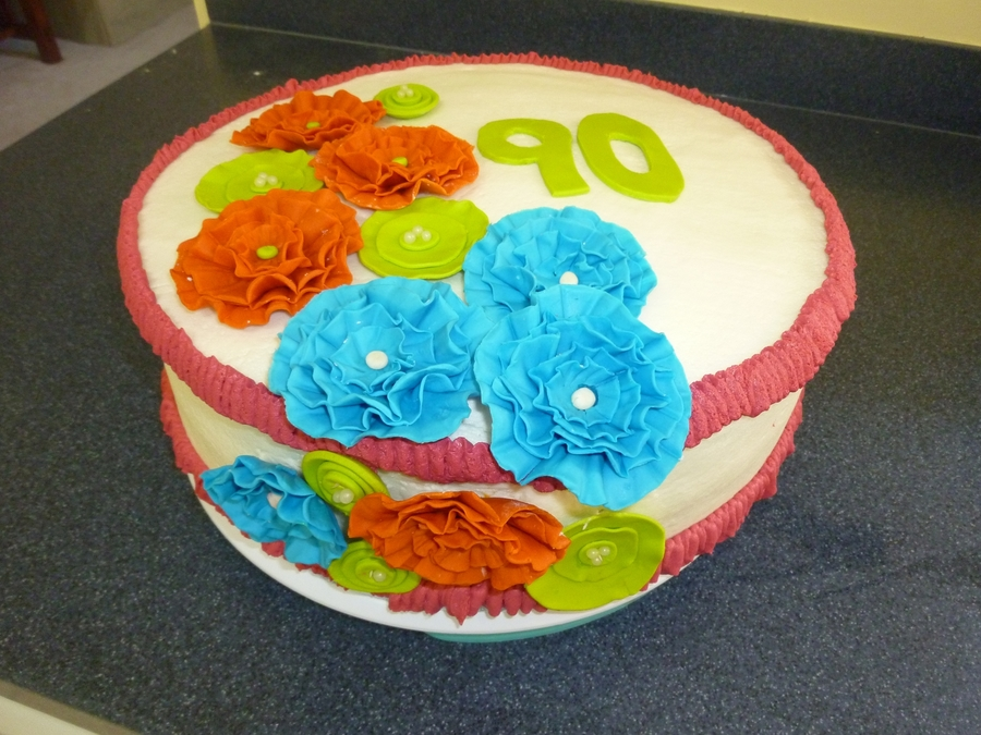 Ruffle Flowers on Cake Central