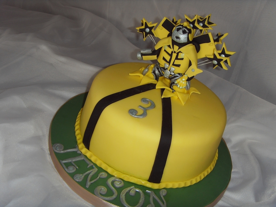 'bumblebee' Transformer Birthday Cake on Cake Central