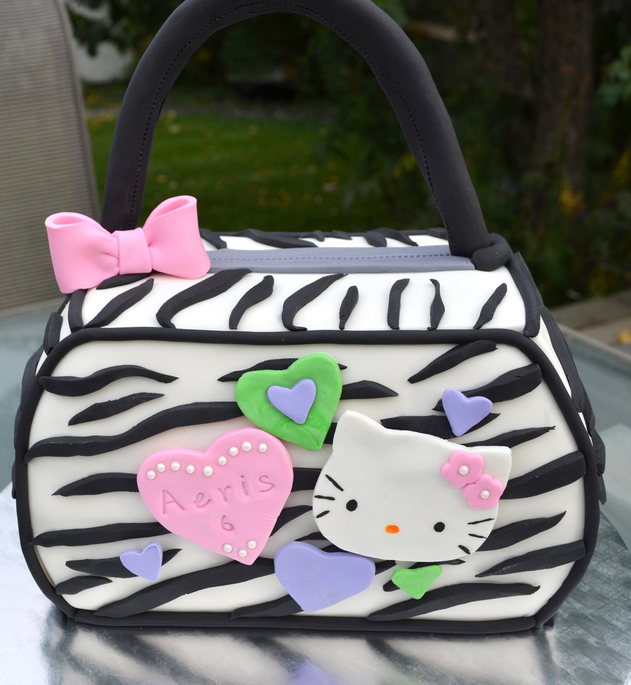 Hello Kitty Purse on Cake Central