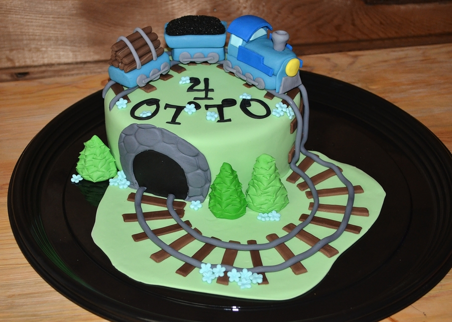 A Train For Otto on Cake Central