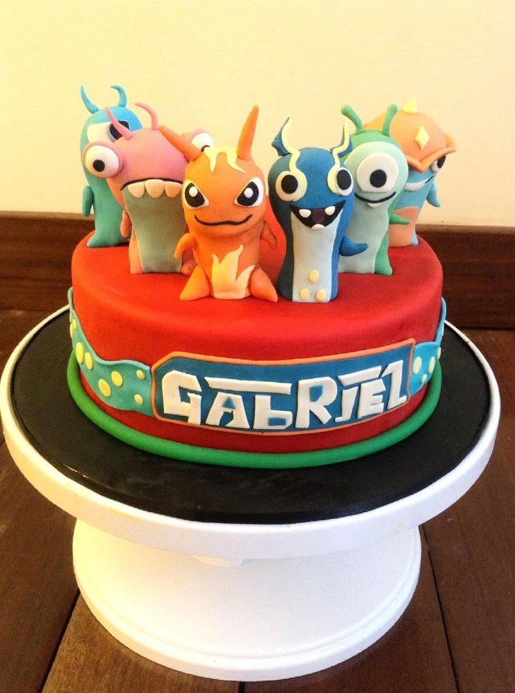 Slug Terra Themed Fondant Cake Cakecentral Com