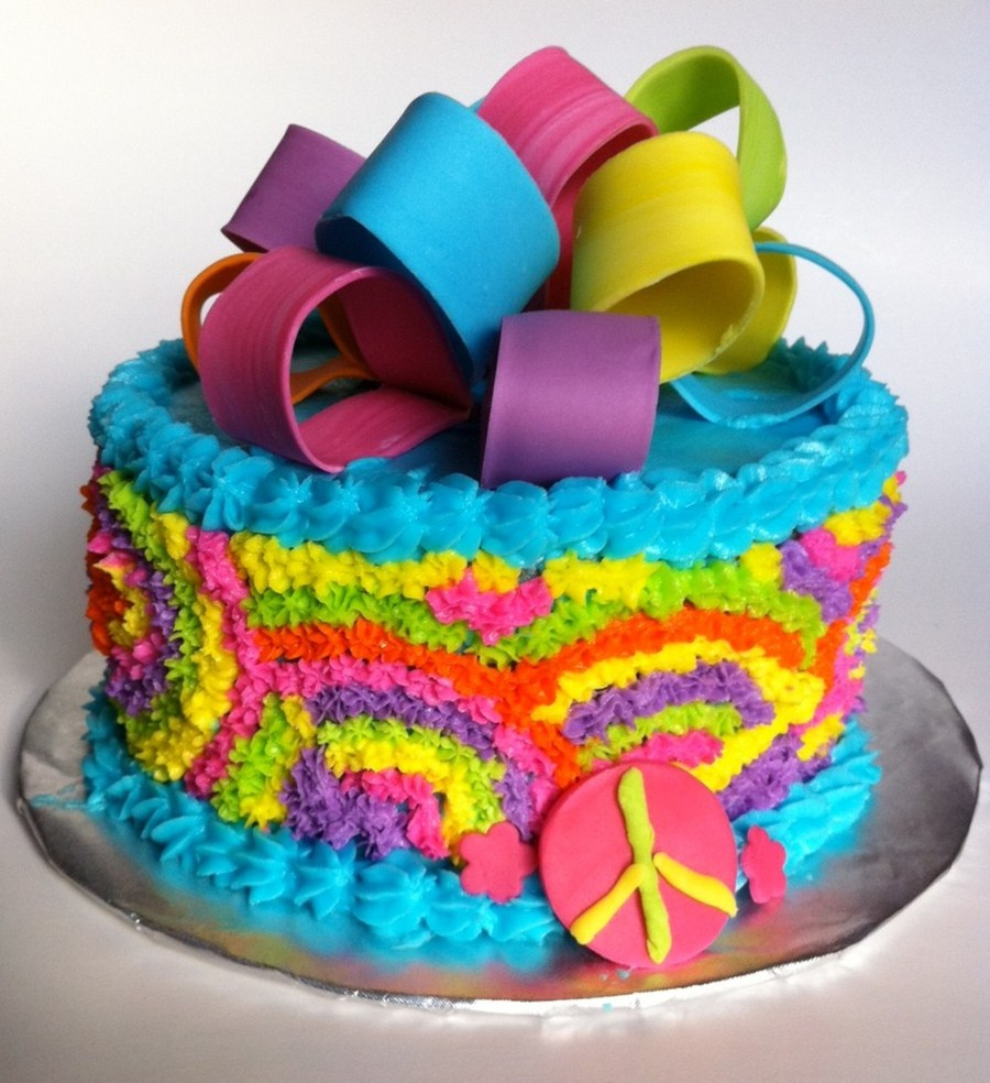 How To Decorate A Tie Dye Cake
