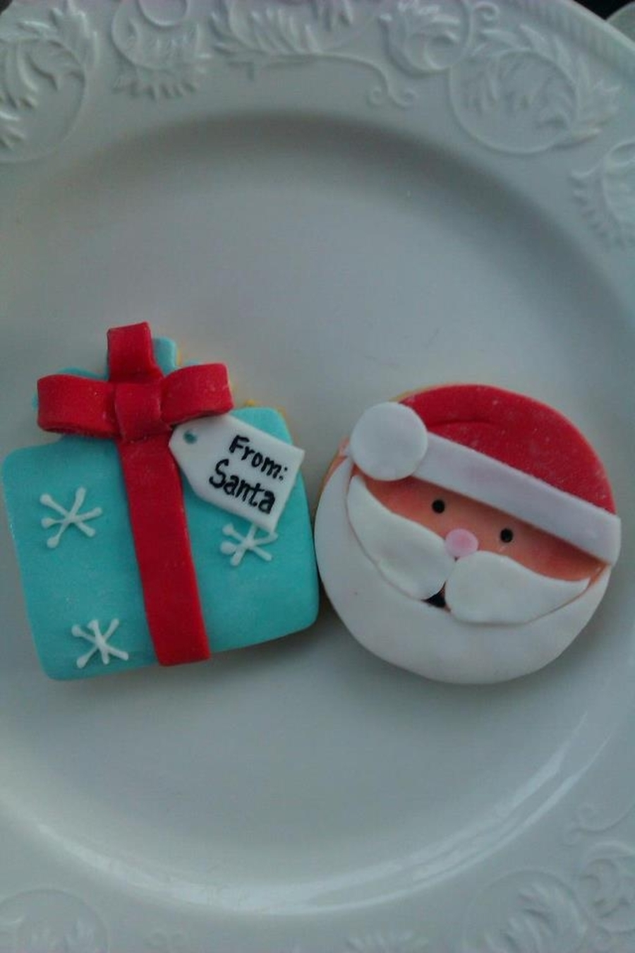 Santa And Gift Cookies on Cake Central