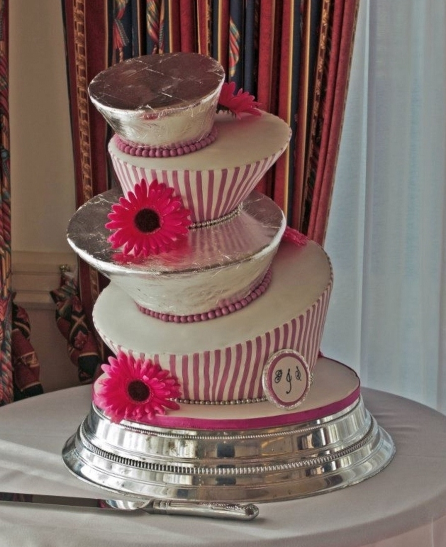 Topsy Turvy Wedding Cake on Cake Central