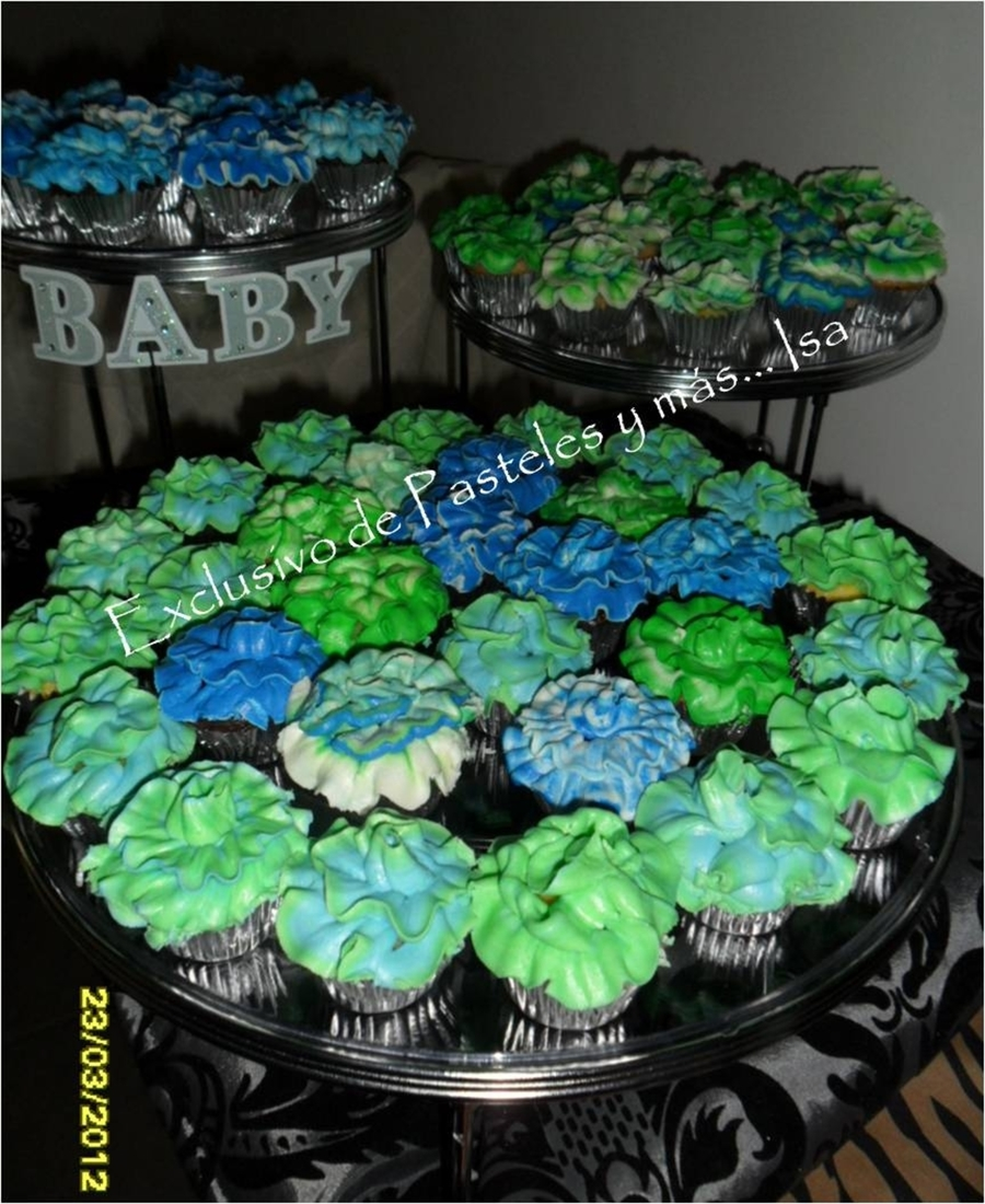 Mini Cupcakes Green & Blue  on Cake Central