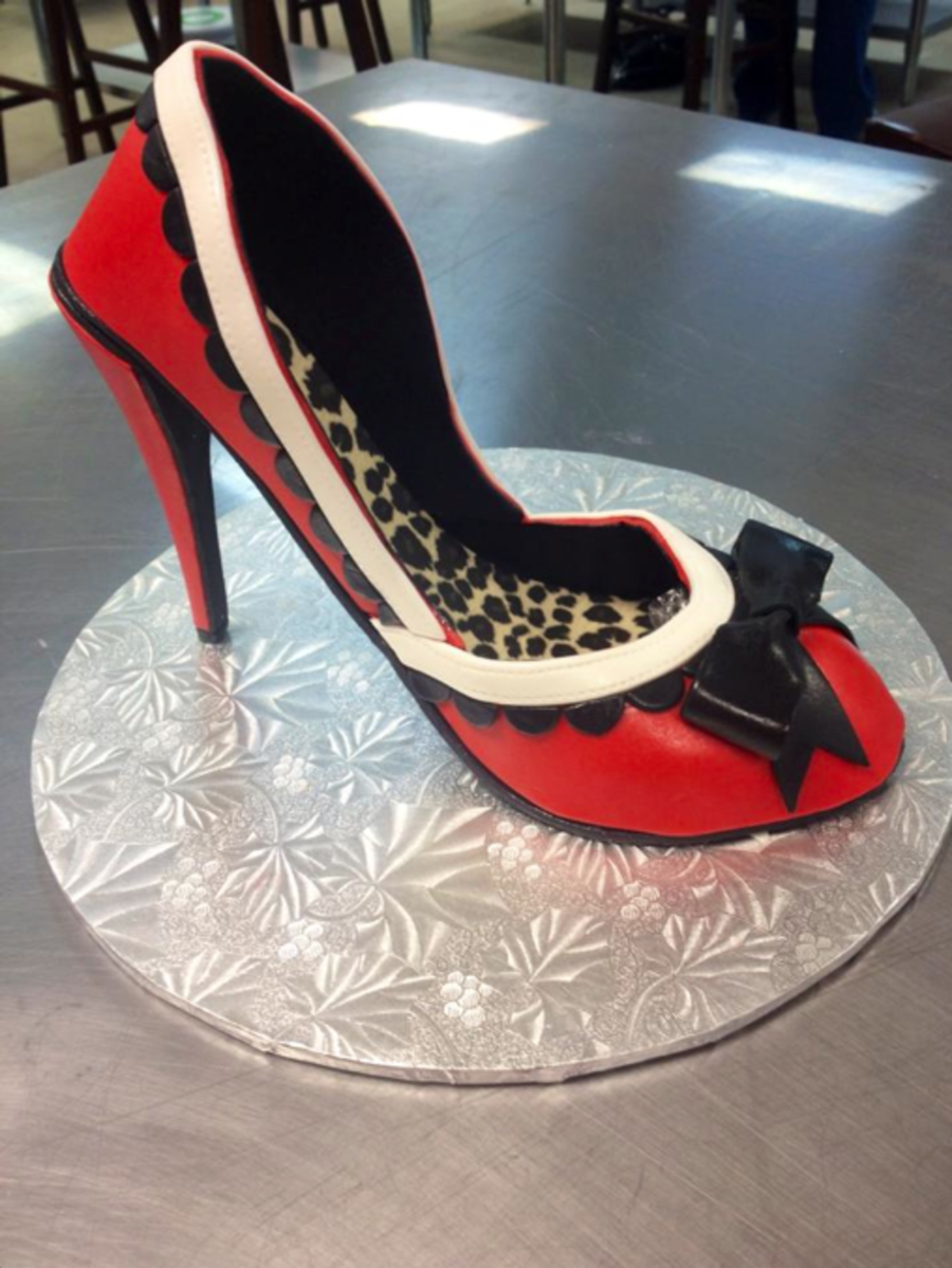 Made This Shoe In Swank Cake Designs High Heeled Shoe Class Had So Much Fun And Am Very Happy With How It Turned Out It Was My First on Cake Central