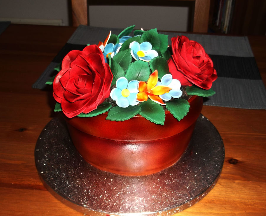Pot Of Flowers  on Cake Central