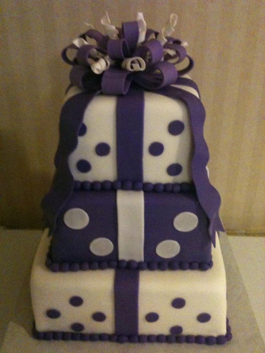 Purple & White Polka Dots on Cake Central