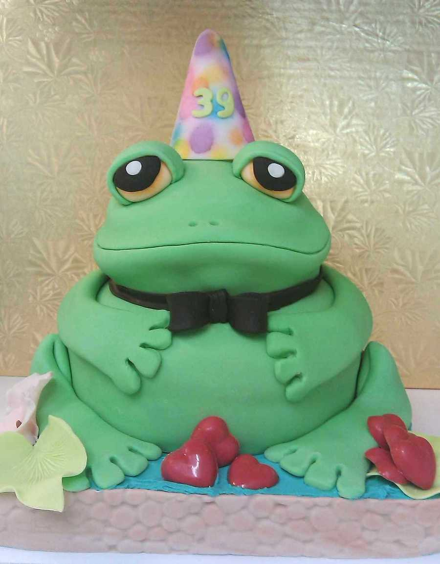 Fabulous Happy Birthday Frog Cakecentral Com Personalised Birthday Cards Epsylily Jamesorg