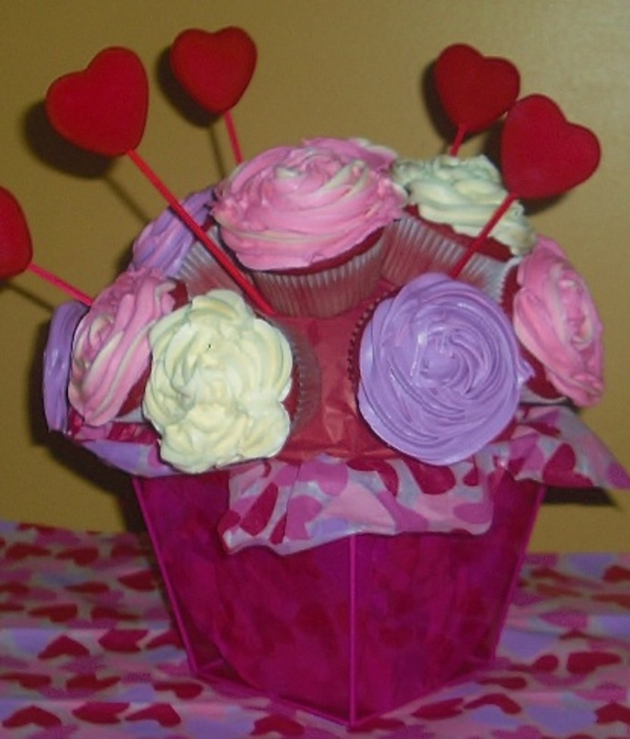 Valentine's Bouquet on Cake Central