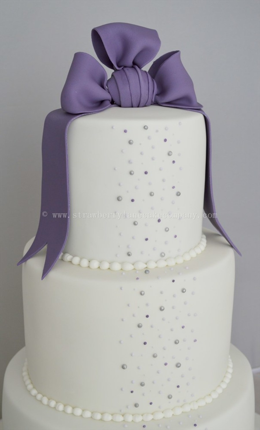 Purple And White Pearl Wedding Cake Cakecentral Com