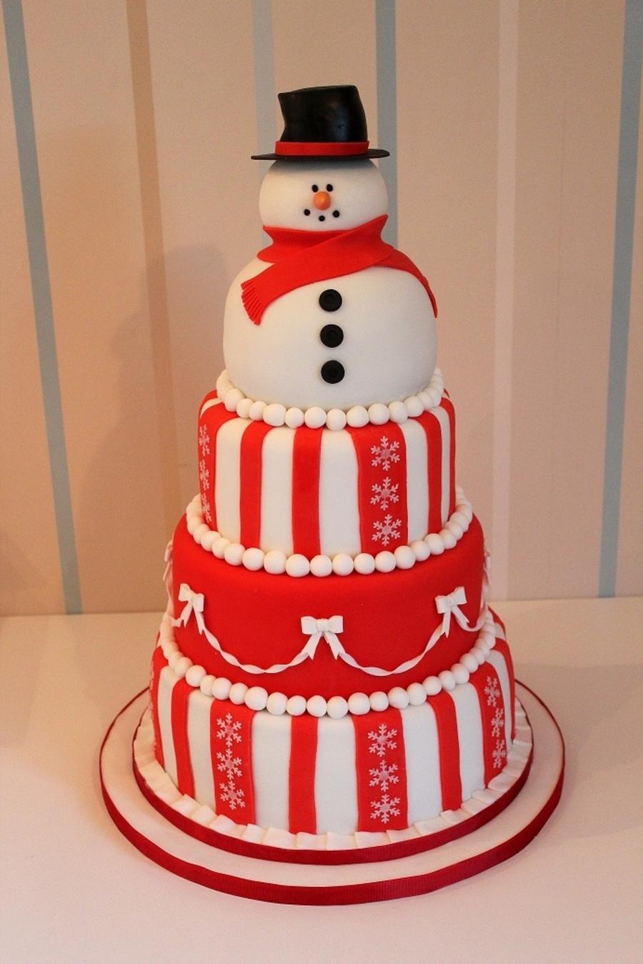 Snowman Christmas Cake - CakeCentral.com