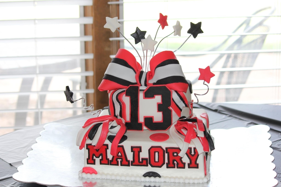 Cheerleading Cake on Cake Central