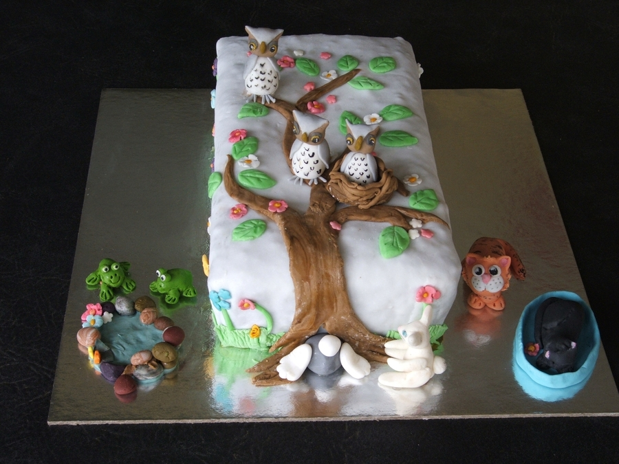 Owls And Friends Cake on Cake Central
