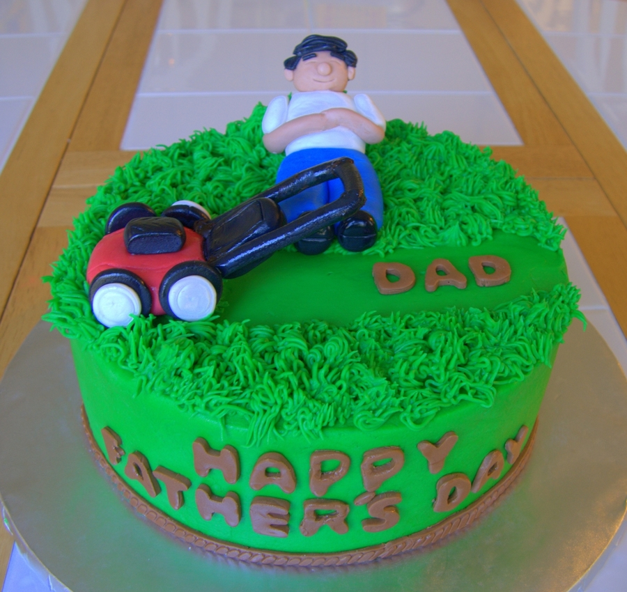 Lawn Break Father's Day Cake on Cake Central