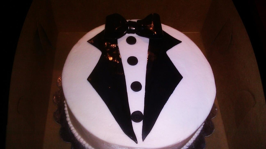 Tuxedo Cake on Cake Central