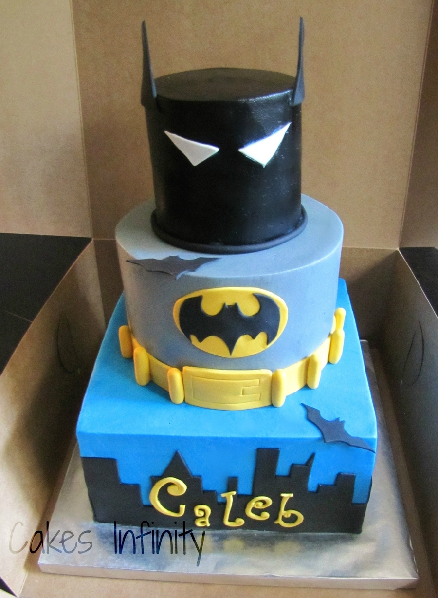 Batman Man Birthday Cake! on Cake Central