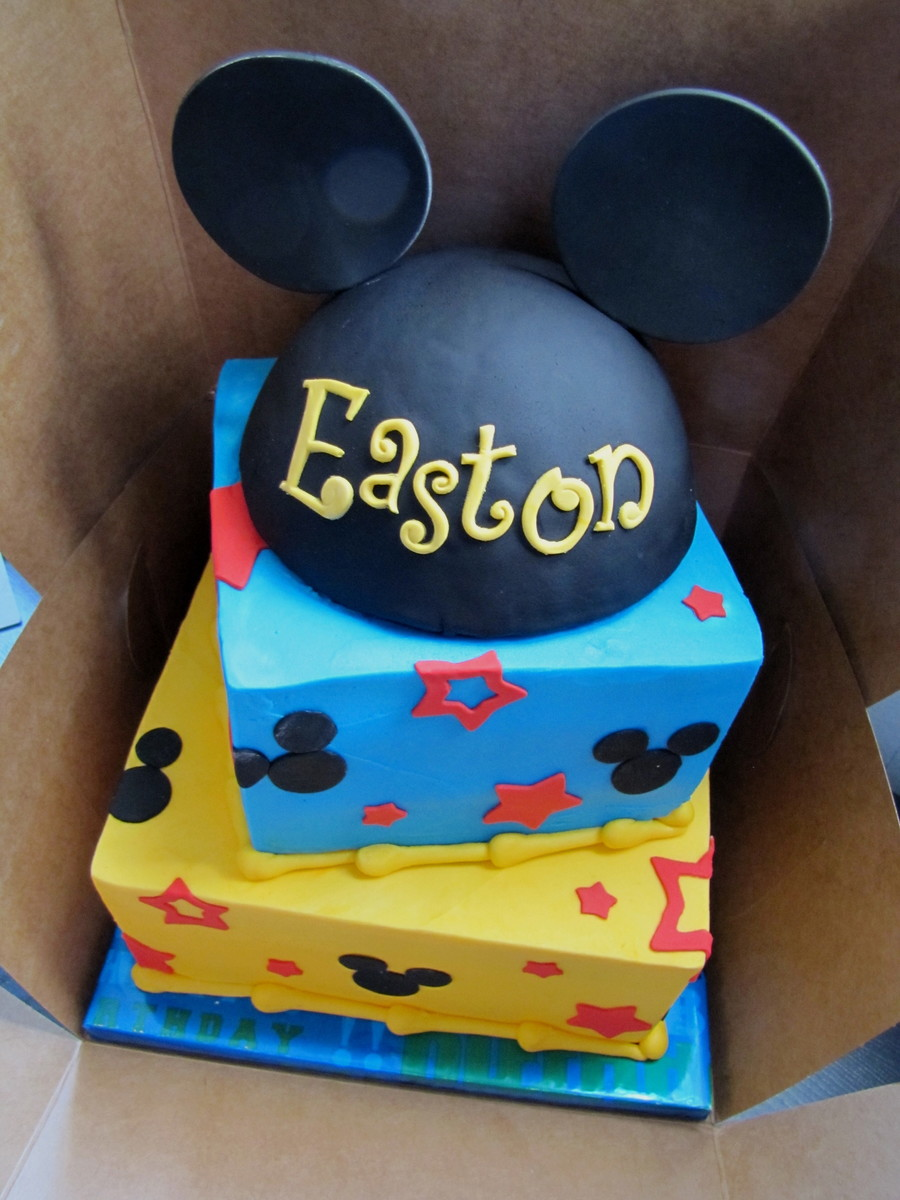 Mickey Mouse Cake! on Cake Central