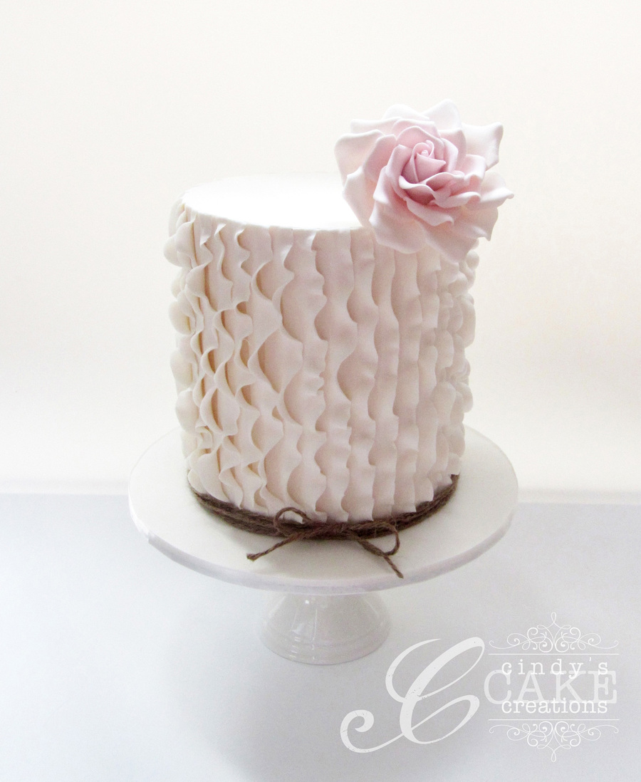 Single Tier Ruffle Wedding Cake