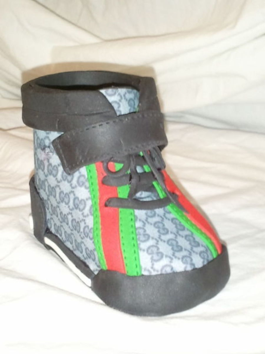 Gucci Baby Shoe Topper Cakecentral Com