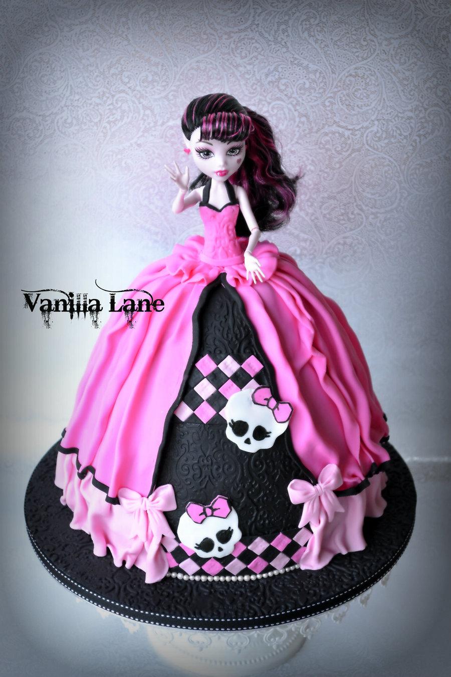 Monster High Doll Birthday Cakes