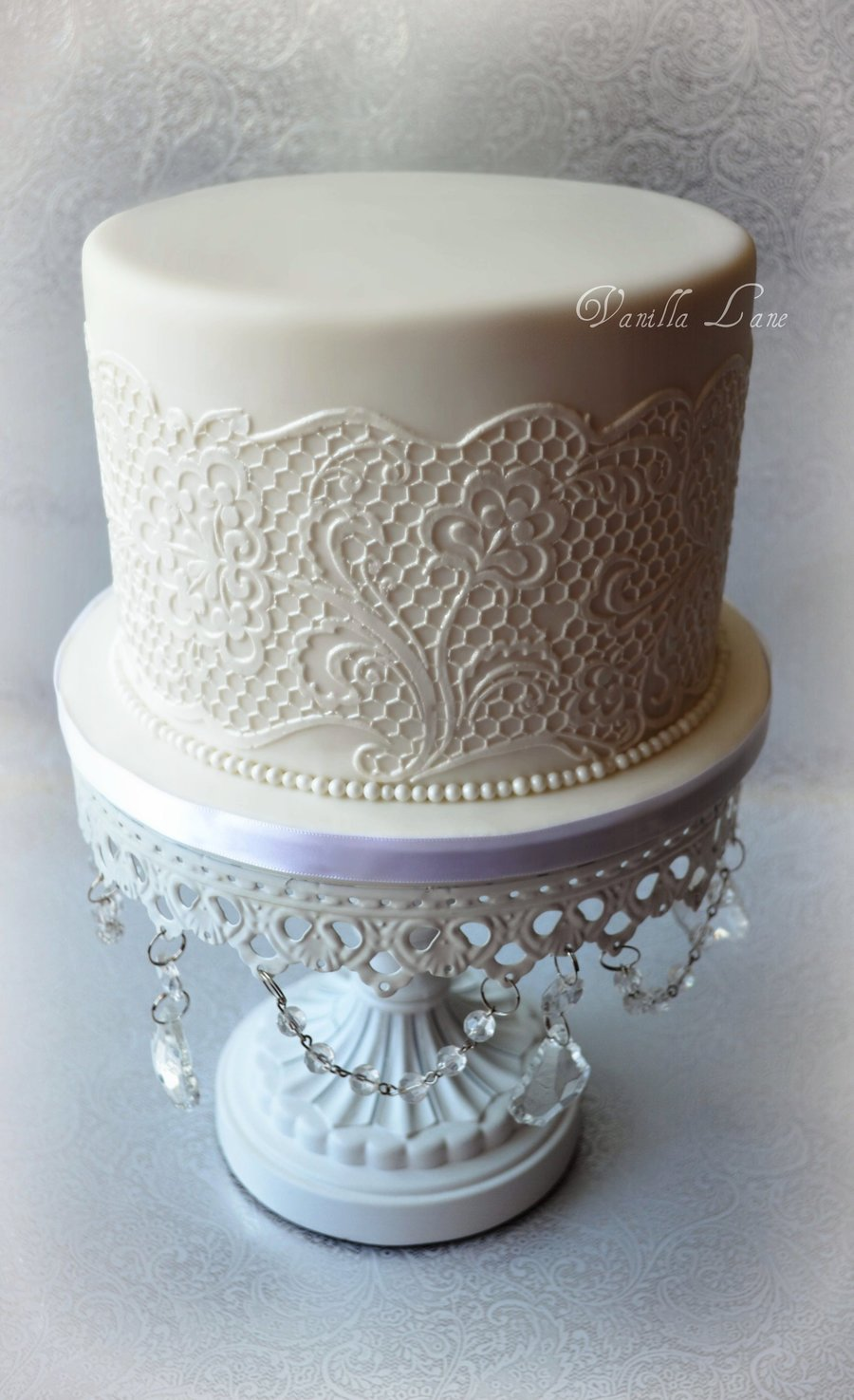 Wedding Cake For The Top Of My Cupcake Display First Time
