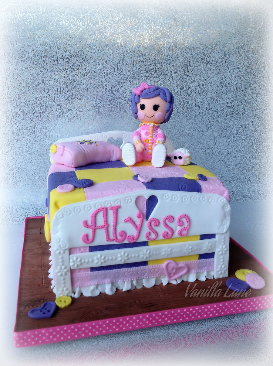 Lalaloopsy Little Miss Pillow Featherbedon Her Bed Made Of