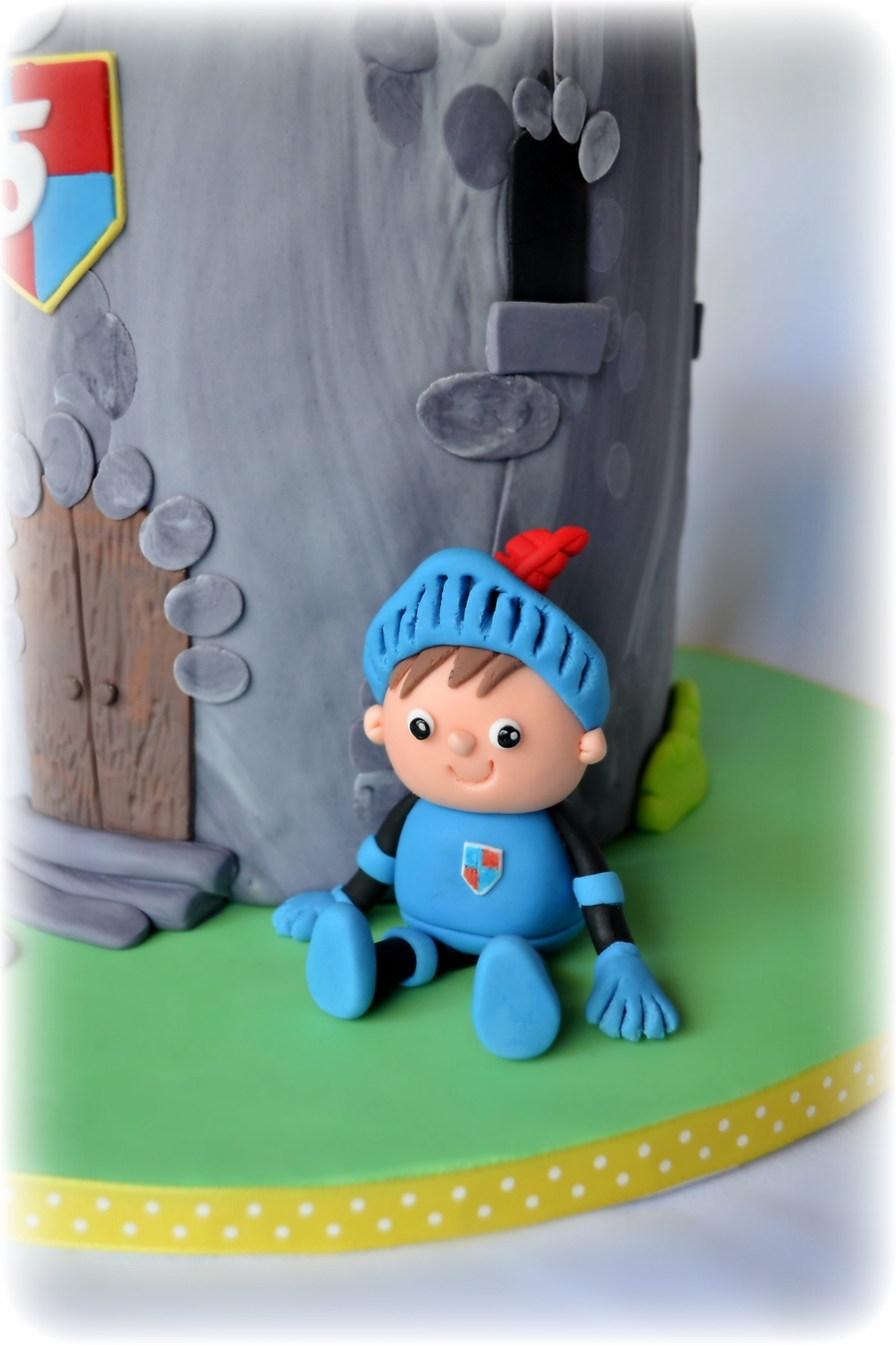 Mike The Knight Cakecentral Com